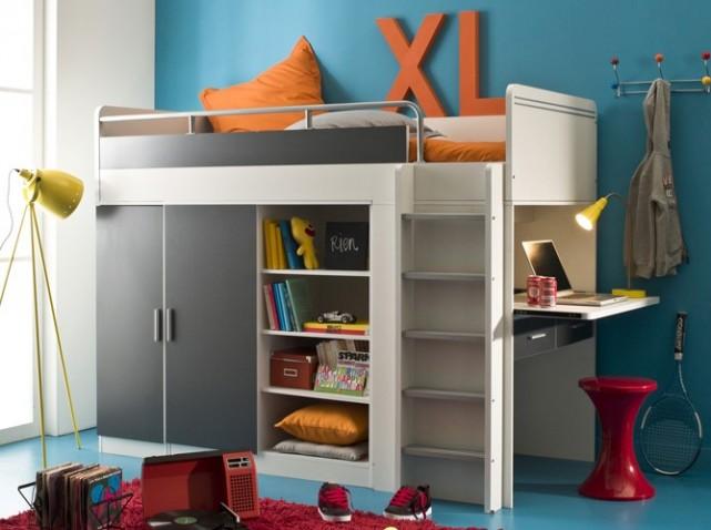 Детская кровать чердак со шкафом внизу