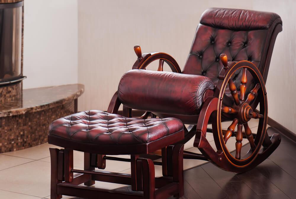Фото деревянного кресла качалки