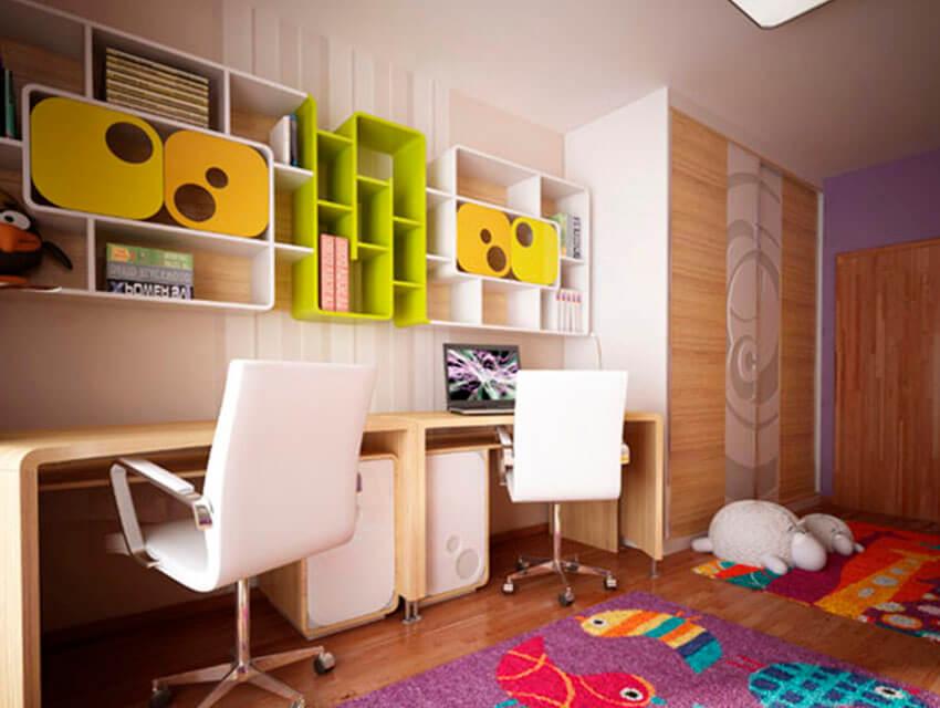 Интерьер детской комнаты с рабочей зоной