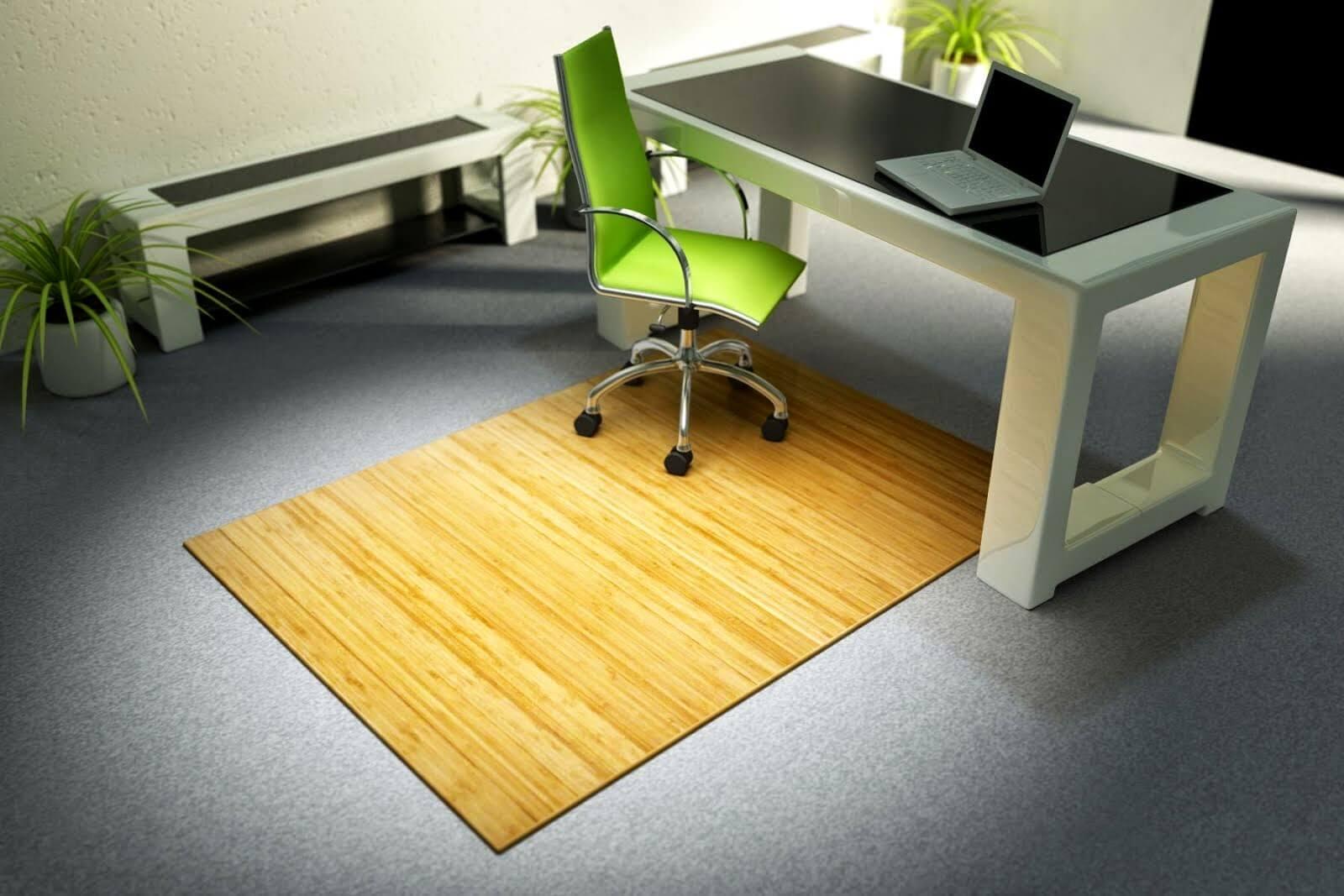 Фото защитного коврика под компьютерное кресло