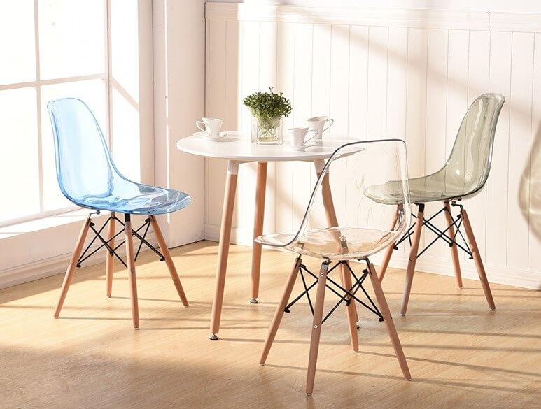 стулья с пластиковым сидением