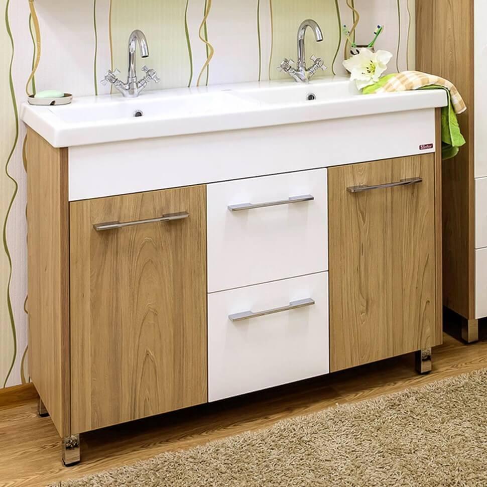 раковина для ванной с двумя кранами