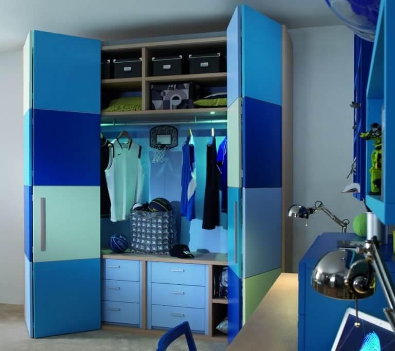 шкаф со складным фасадом