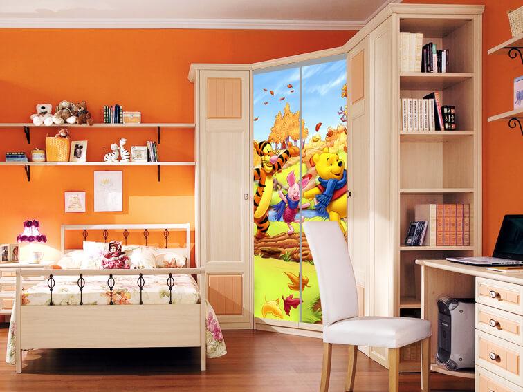 угловой шкаф в детскую с фотопечатью на фасаде