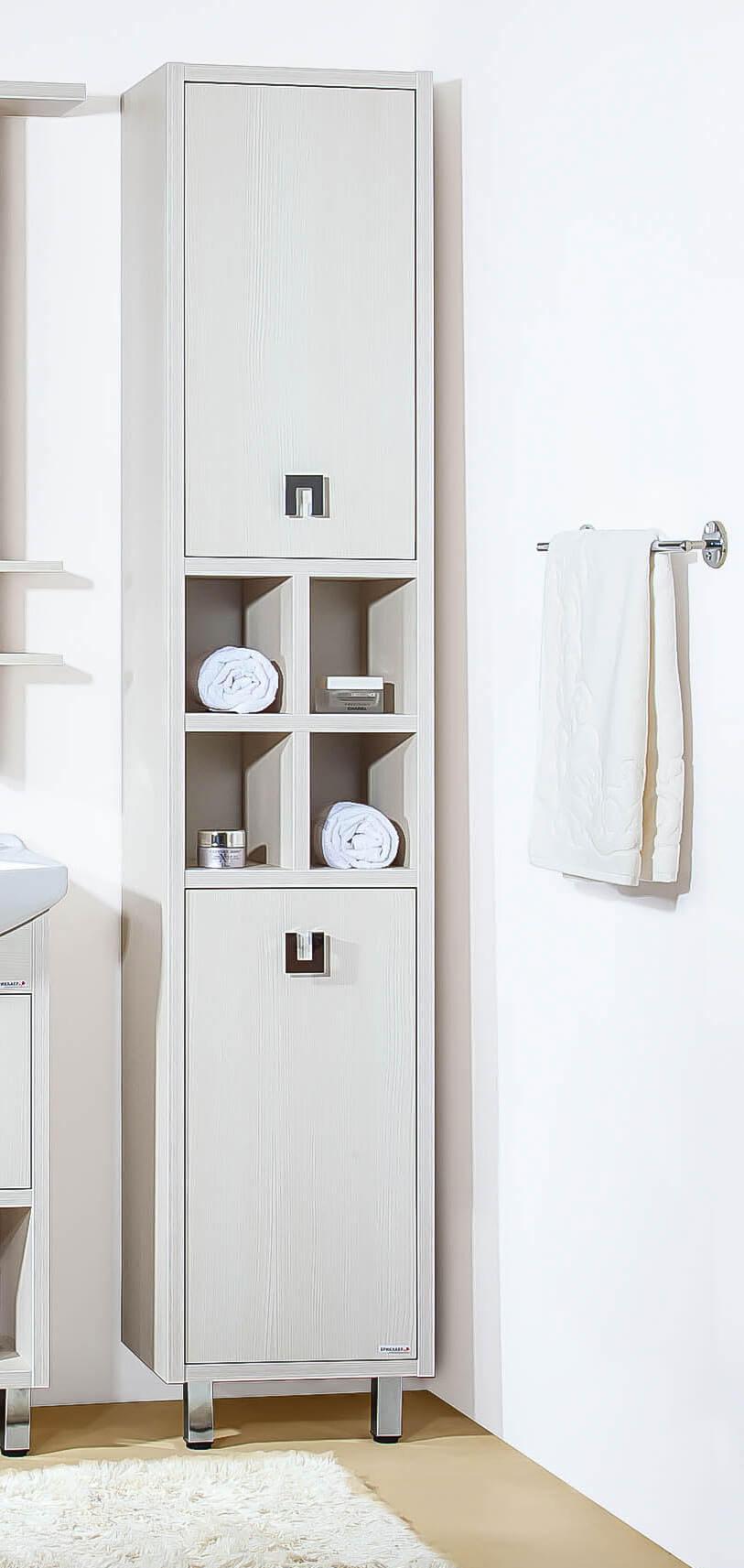 шкаф-пенал в ванной