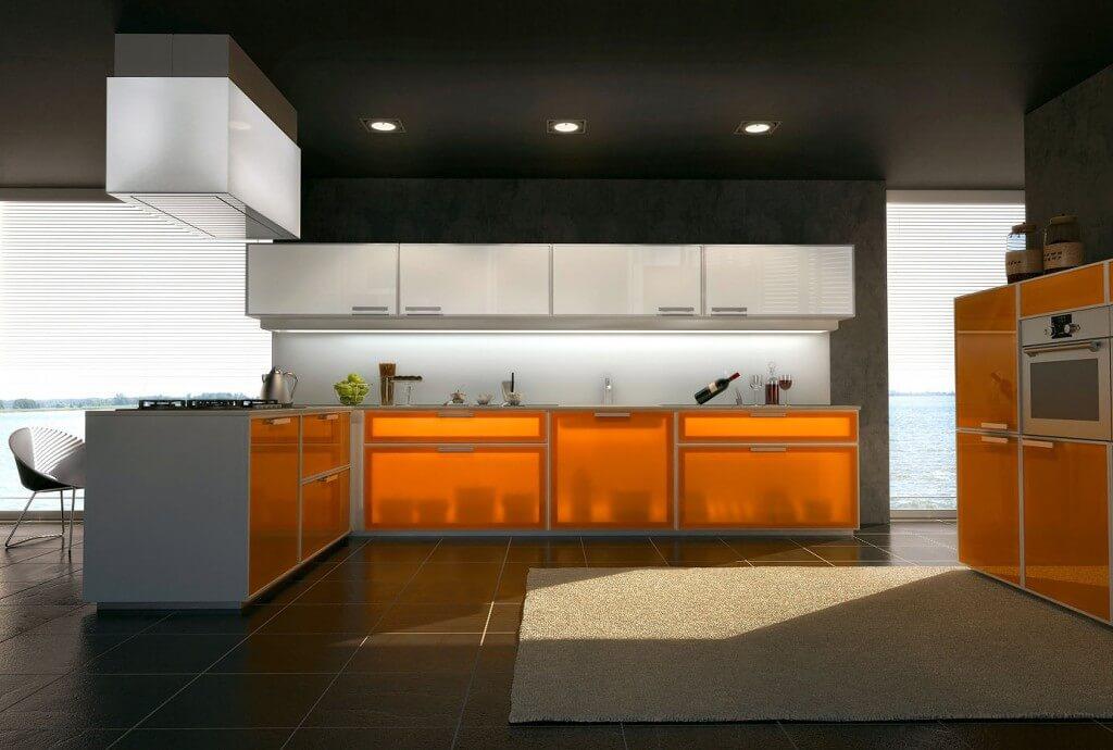 кухня с прозрачным фасадом в алюминиевой рамке